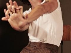 加拿大「全民男友」尚恩曼德斯  大露身材湿身回归