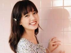 22岁泰国「国民初恋」大眼甜笑激似人间芭比Lisa